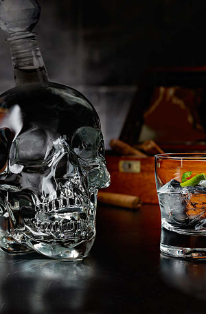 BULCK - Nr. 1 cadeau website | Skull Bottle 1 Liter