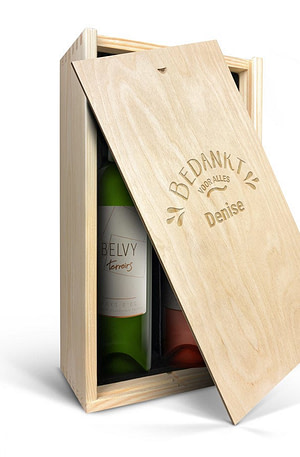 Wijnpakket in gegraveerde kist - Belvy - Wit en rosé